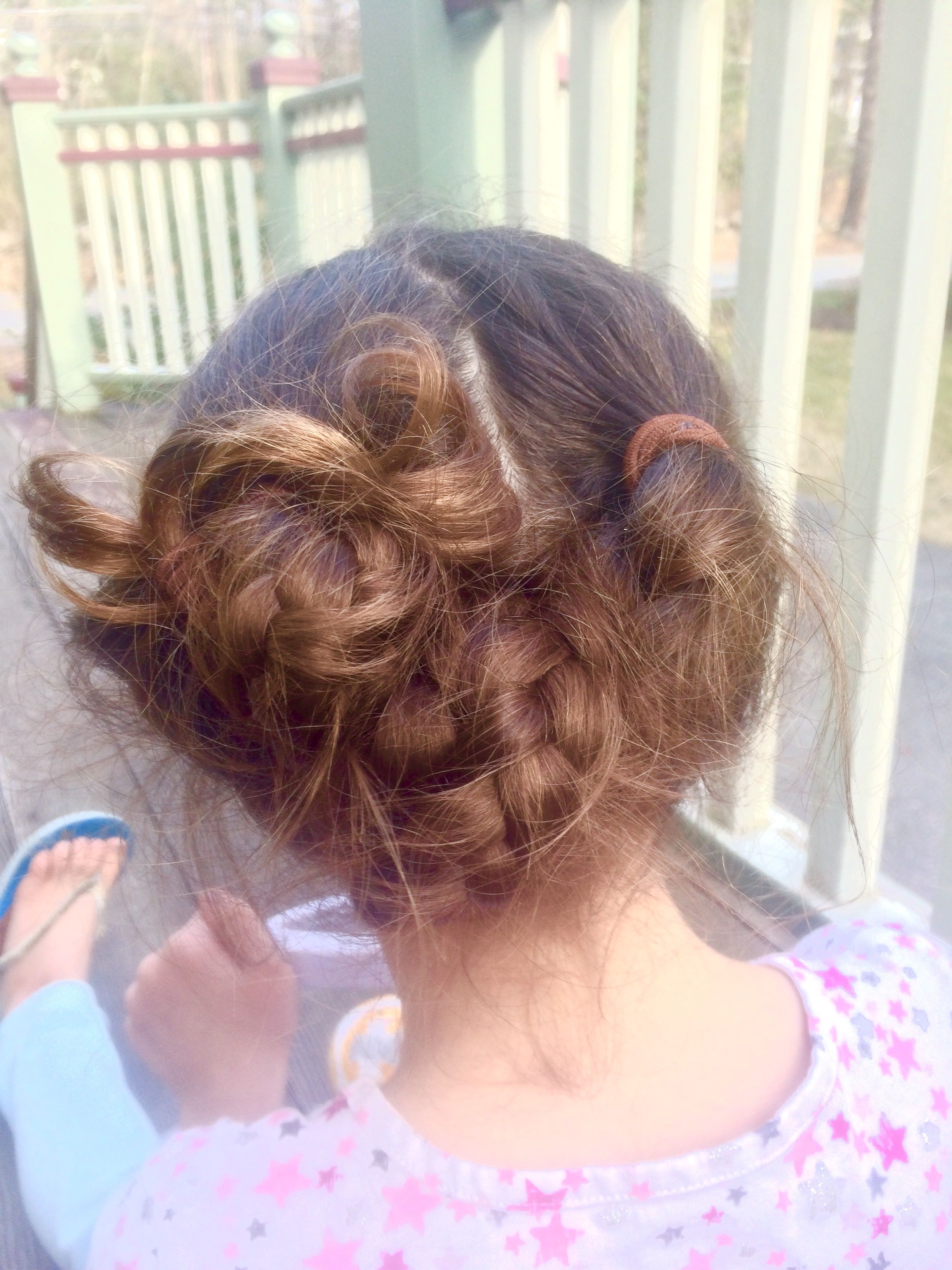 I love this hairstyle that I did on my sister! ❤️❤️