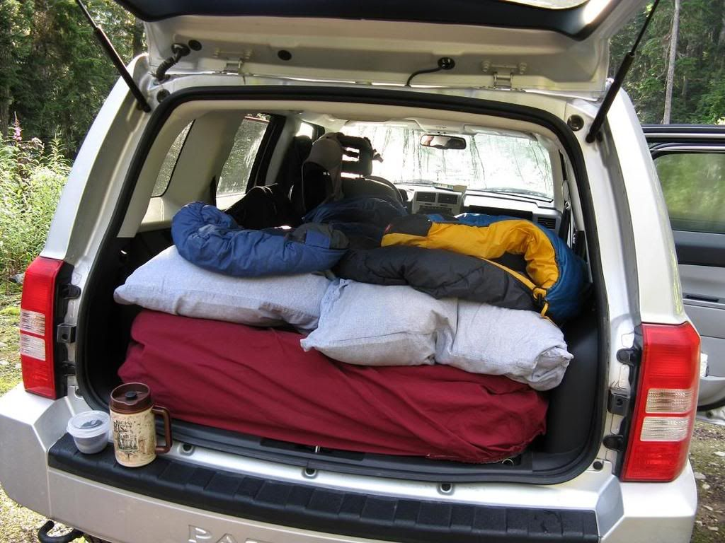 Sleeping in the Jeep & Sleeping in the Jeep | camp | Car wheels Jeep camping Jeep patriot