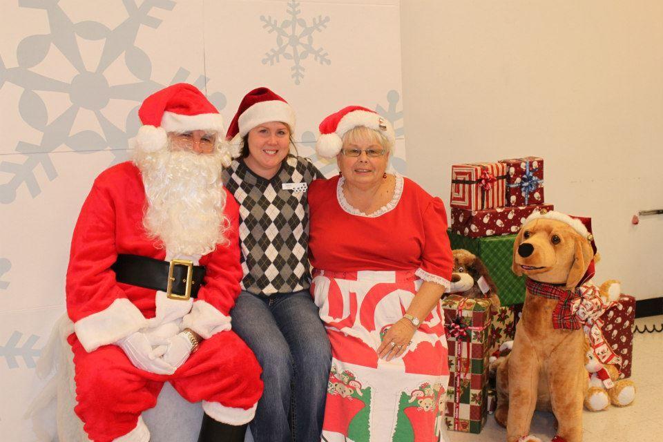 Santa Pet Photos Petsmart (With images) | Pet santa photos ...