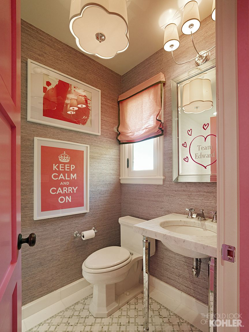 Delicieux Teen Girlu0027s Bathroom With Kathryn Collection. #Pink #bathroom