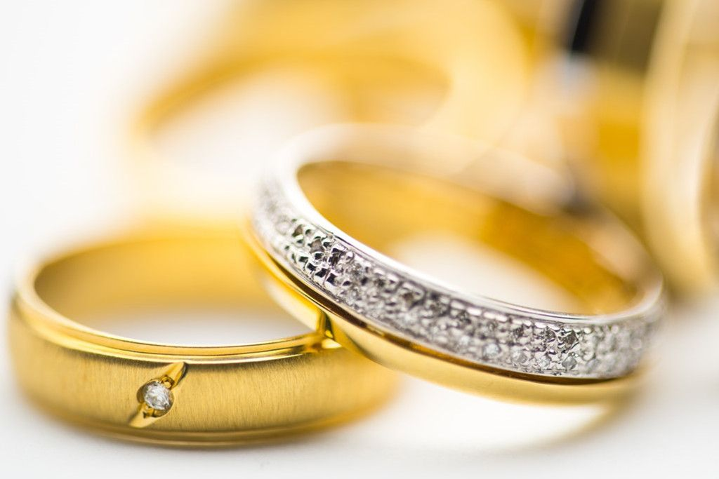 How To Sell An Engagement Ring In 2021 For Cash Sell Wedding Ring Selling Engagement Ring Engagement Rings