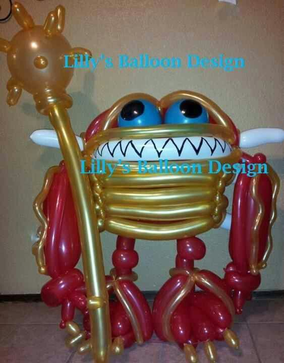 Wham-Shell   balloon sculpture.     Skylander character from video game