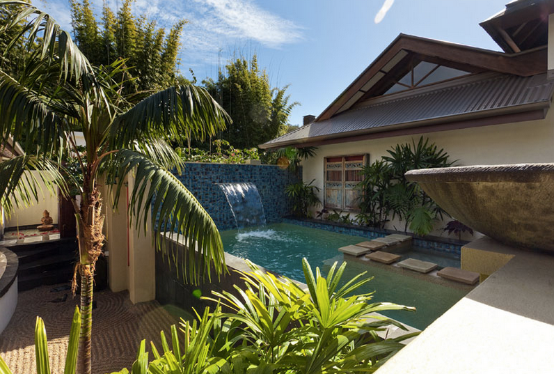 the villas of byron is the best holiday accommodation byron bay with rh pinterest co uk