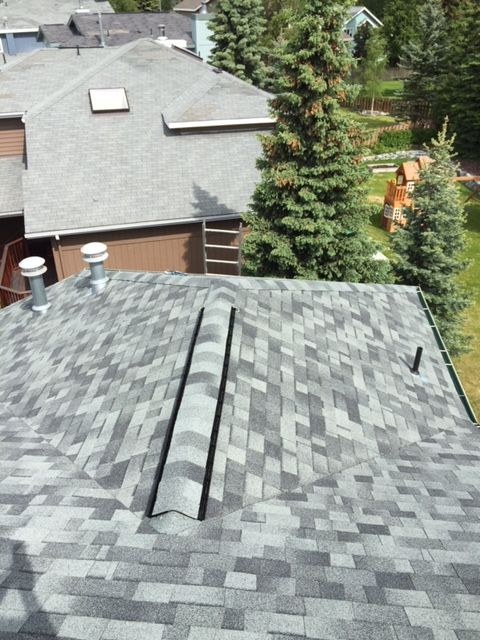 Premier Roofing Co 907 346 4131 Anchorage Alaska Malarkey 3m Legacy Shingles Oxford Grey Roofing Contractors Roofing Roof Shingles