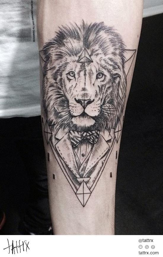 Emrah Ozhan Dapper Lion Tattoos I Like Tattoos Lion Tattoo
