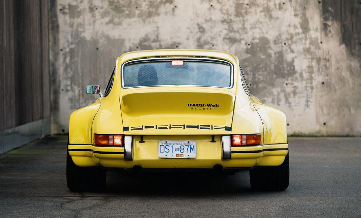 930型911をベースに ひと世代前の ナナサンカレラ風へとカスタムした