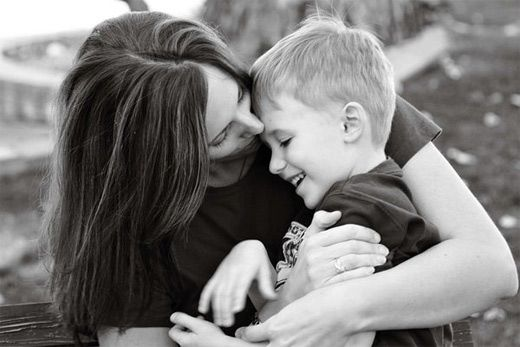Heartwarming Mother And Child Photography Picture Ideas And - Mother captures childhood joy photographs daughter
