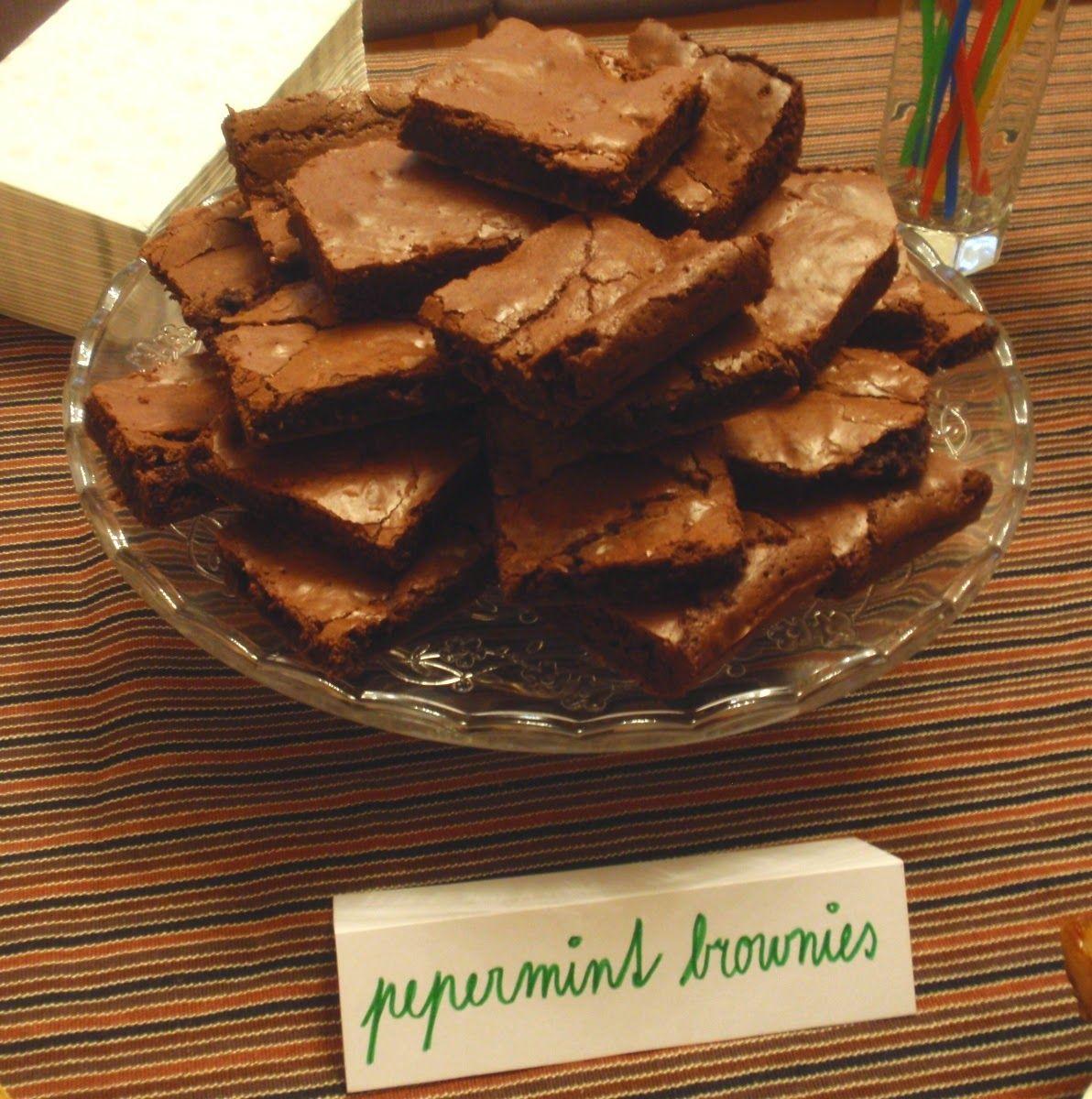 Ladies and gentlemen, predstavujem vám absolútnu tutovku! Keby si každý človek na zemi dal každý deň jeden kúsok týchto brownies, tak...