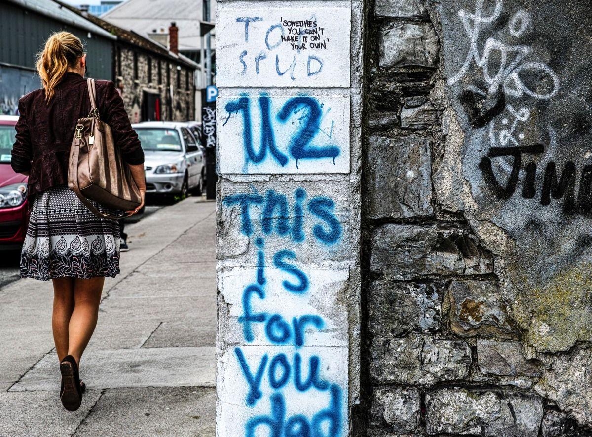 Graffiti wall dublin - U2 This Is For You Dad Hanover Quay In Dublin Docklands U2 Graffiti Wall