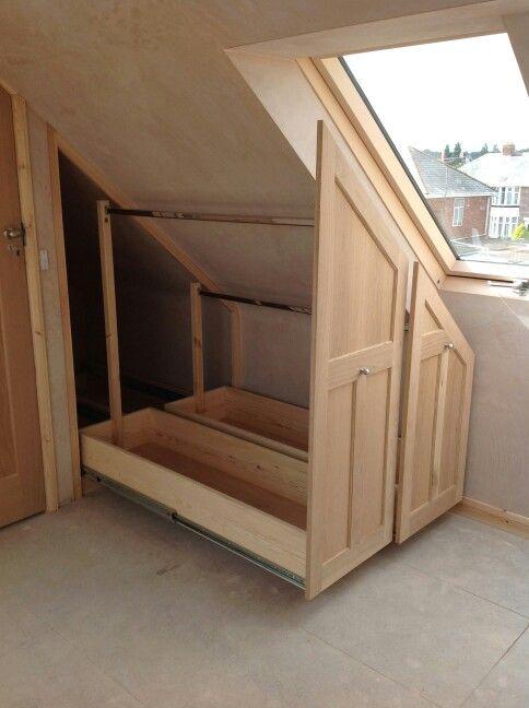 pin von noriam auf garderobe pinterest dachboden dachgeschoss und schlafzimmer. Black Bedroom Furniture Sets. Home Design Ideas