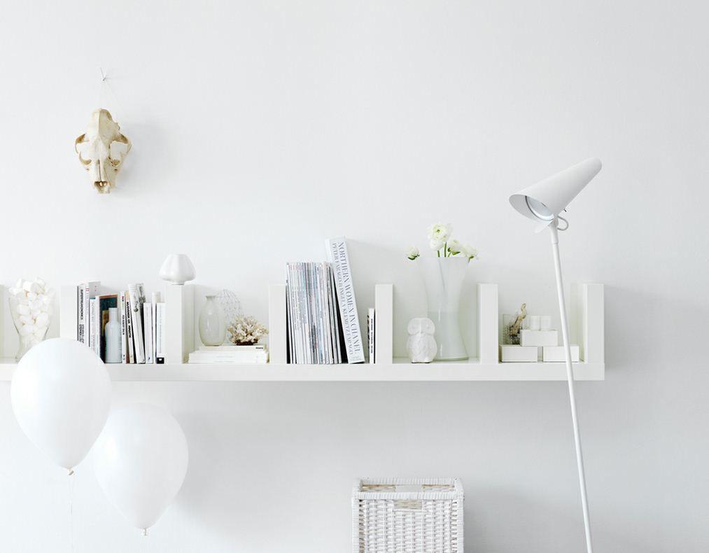 Mensola black white ikea 1013 790 ikea for Ikea lack mensola