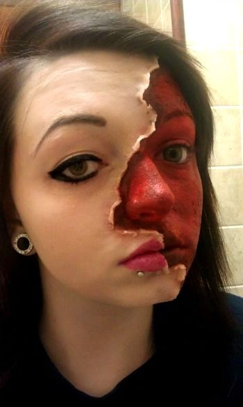 20 Cool And Scary Halloween Face Painting Ideas Halloween