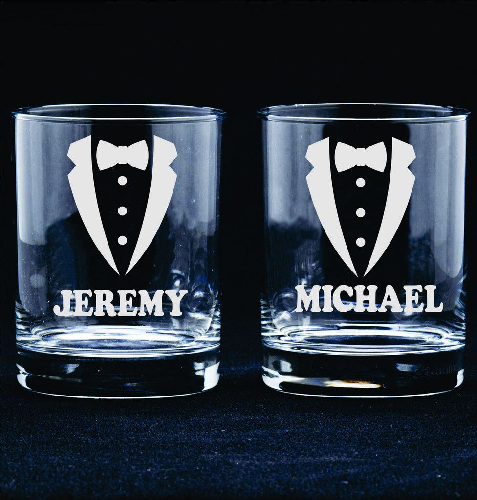 Groomsmen Gift Favor Personalized Etched Glasses Rocks
