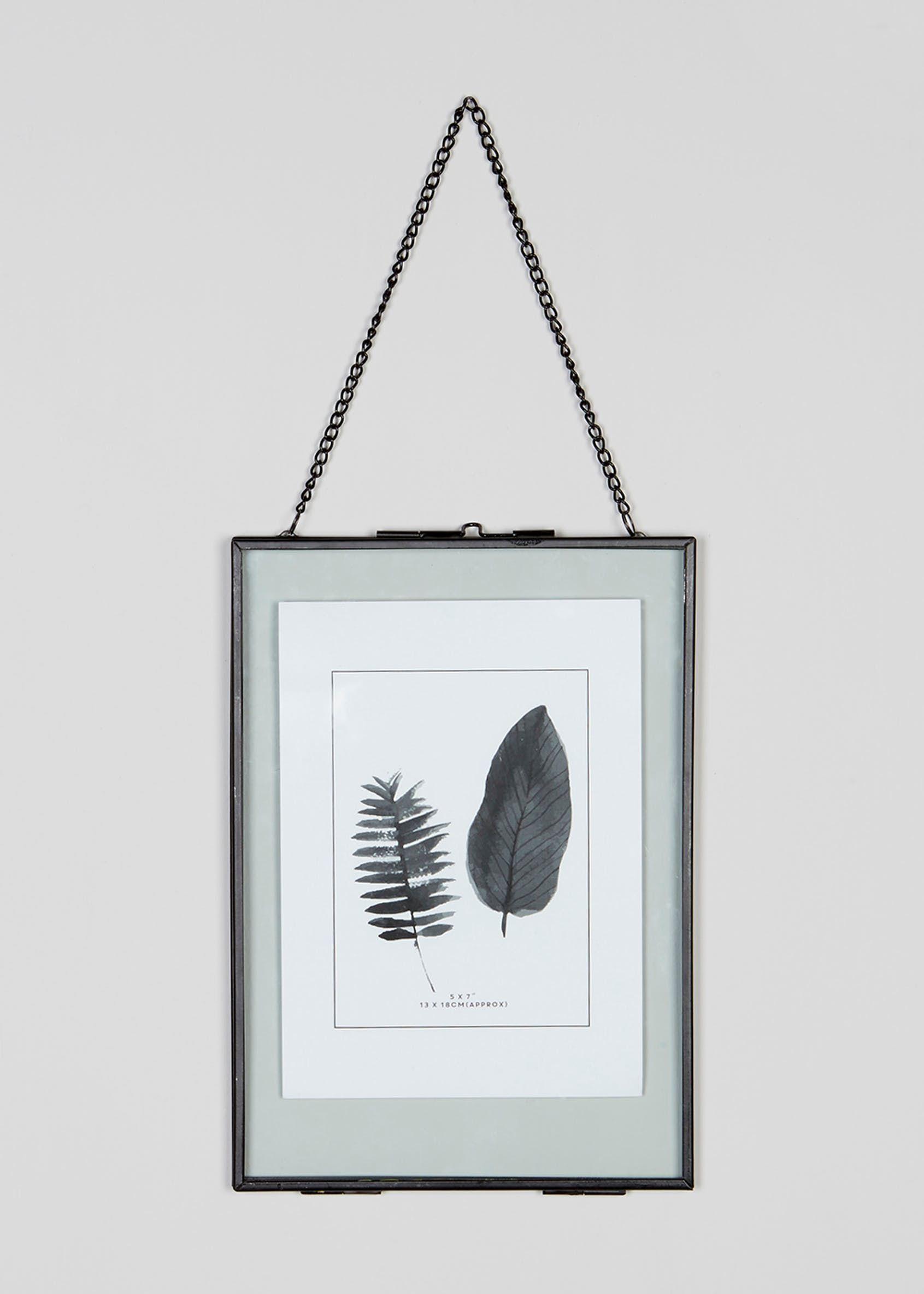 88e165da570 Medium Hanging Metal Photo Frame (24cm x 17cm)