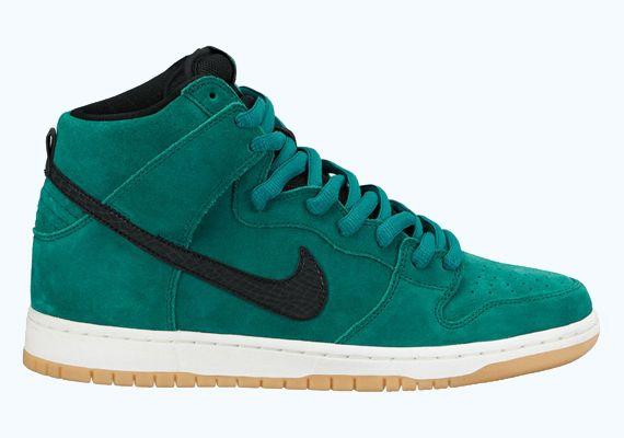 newest collection c261b 3a1db Nike SB Dunk High - Mystic Green - Sail - Gum Light Brown ...