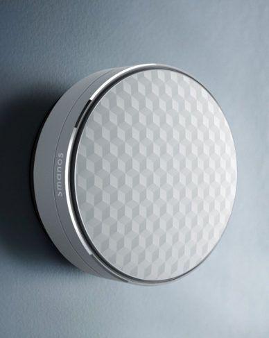 Chrome circle geometry material break metal minimalist for Polygon produktdesign