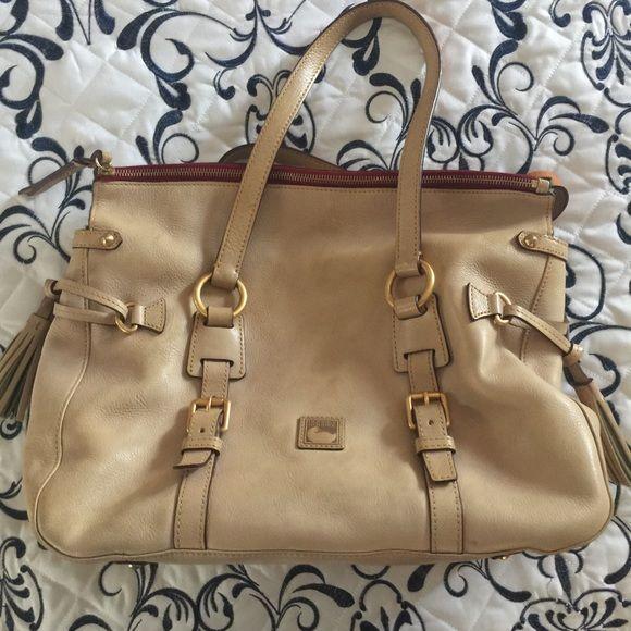 Dooney & Bourke Florentine Leather Handbag Dooney and Bourke Leather Handbag. Cream leather tone with zipper & original date code. Dooney & Bourke Bags Shoulder Bags