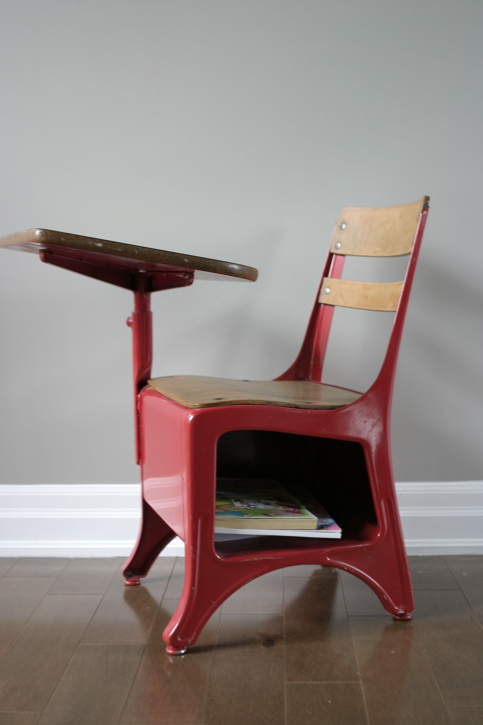 Wooden school desk and chair Tablet Arm Vintage School Desk Chair Spray Painted Apple Red This Great Idea For The 5 Desk Bought At Yard Sale Pinterest Just Spray It Crafts Pinterest School Desks Old School Desks