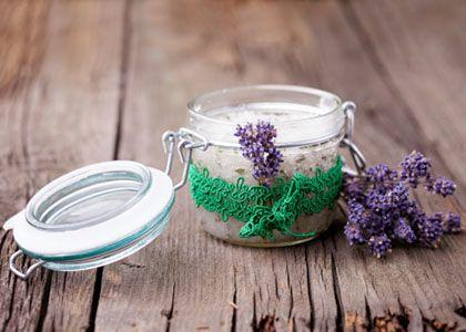 Edible Skincare: Give the Gift of Relaxation   Lavender Epsom Salt Bath Soak
