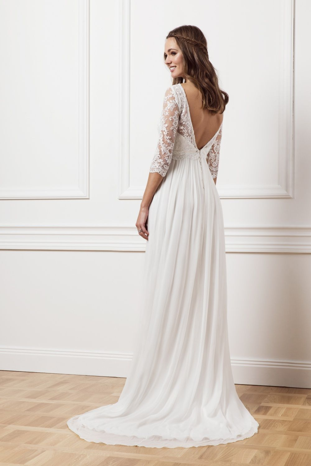 Melia Lavender lace by Malina about 1000 Euro | Wedding Dresses ...