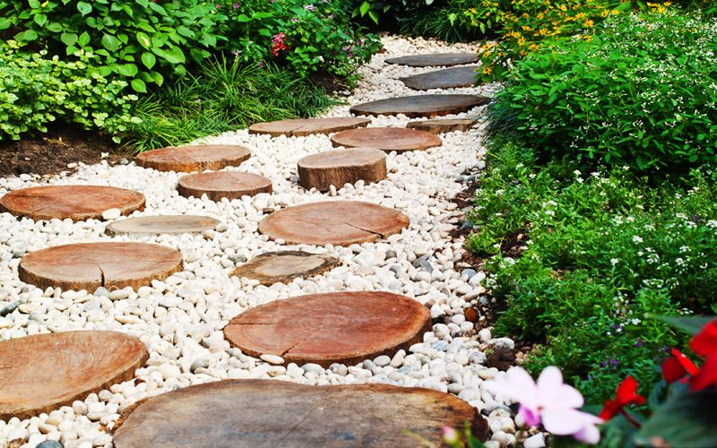 15 Garden Path Ideas With Stepping Stones Images
