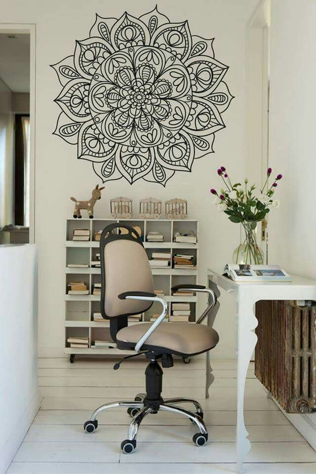 Pin de gray en ohio room pinterest mandala vinilo vinilos y mandalas - Decoracion paredes pintadas ...