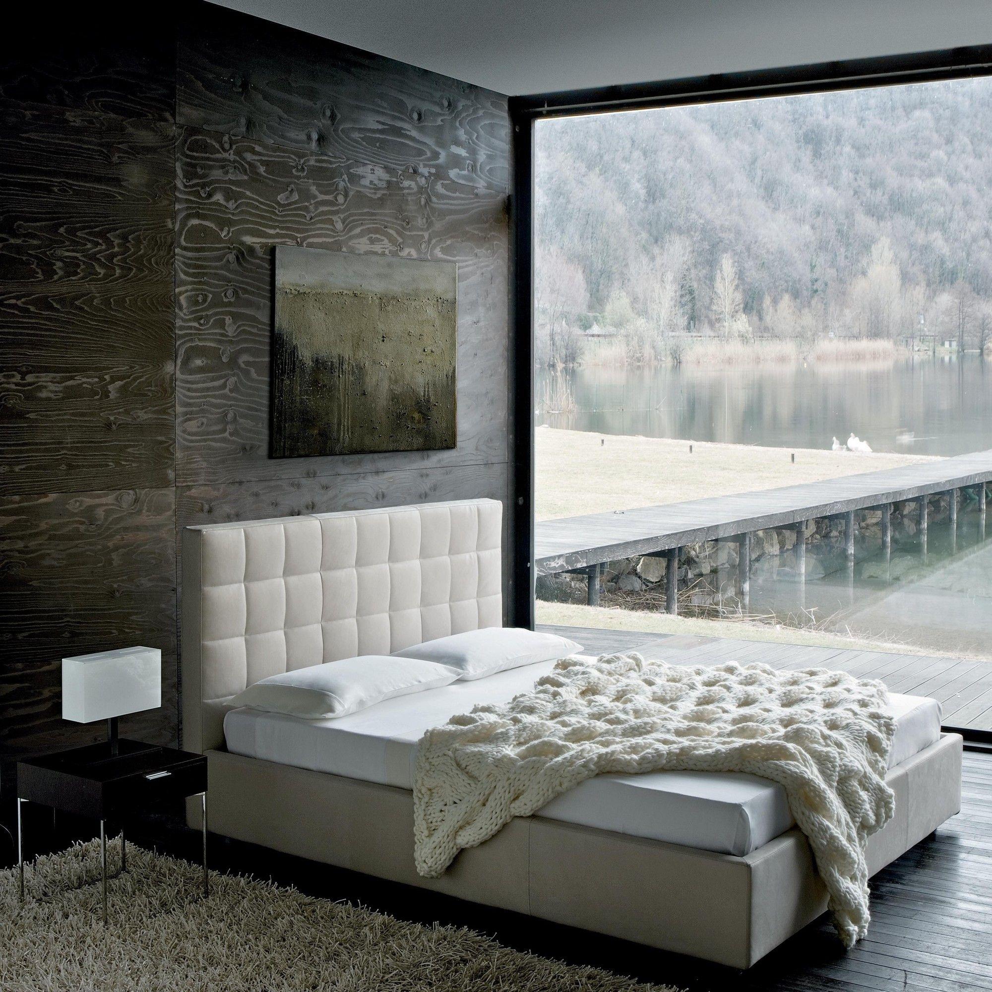 Zanotta Overbox Doppelbett mit Bettkasten AmbienteDirect