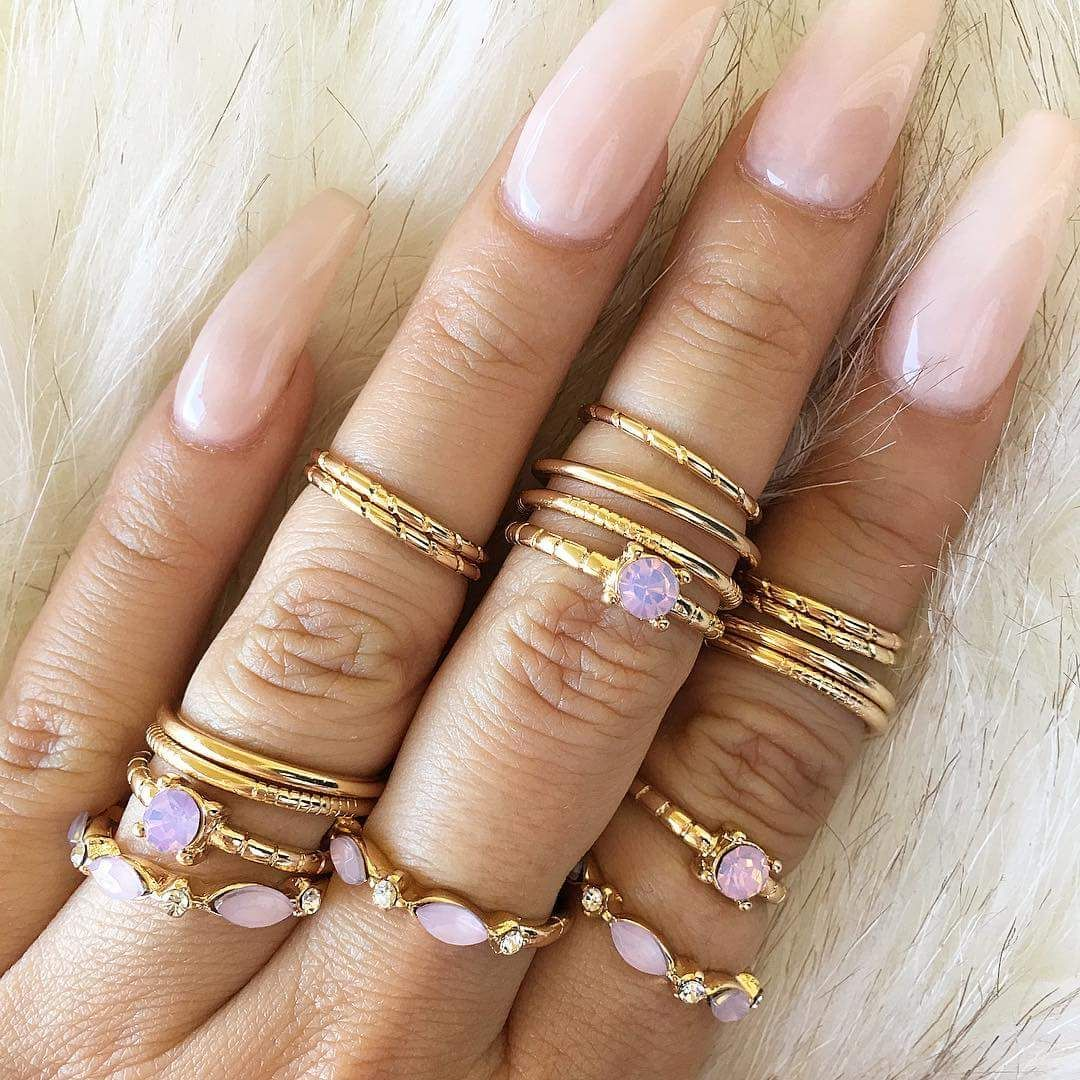 how to wear manik ring