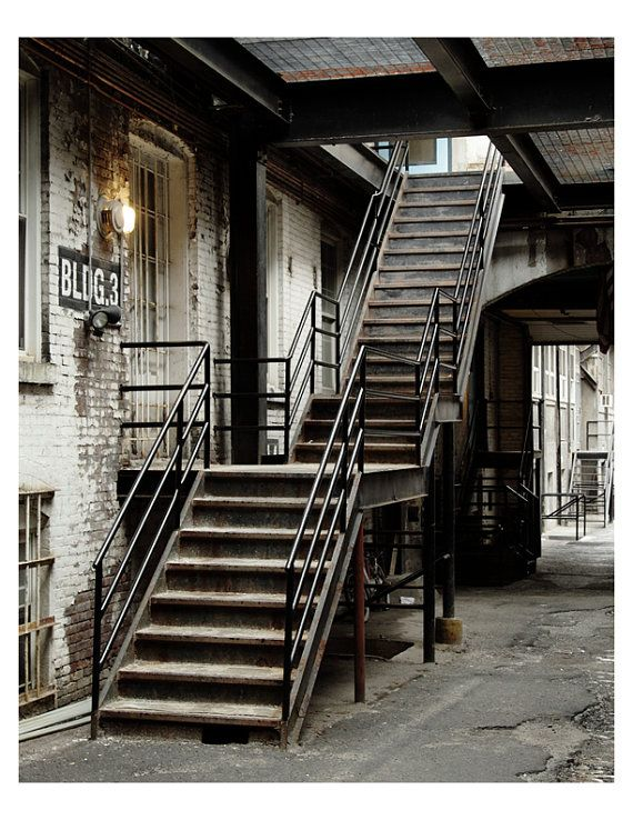 Best The 25 Best Industrial Stairs Ideas On Pinterest Metal 400 x 300