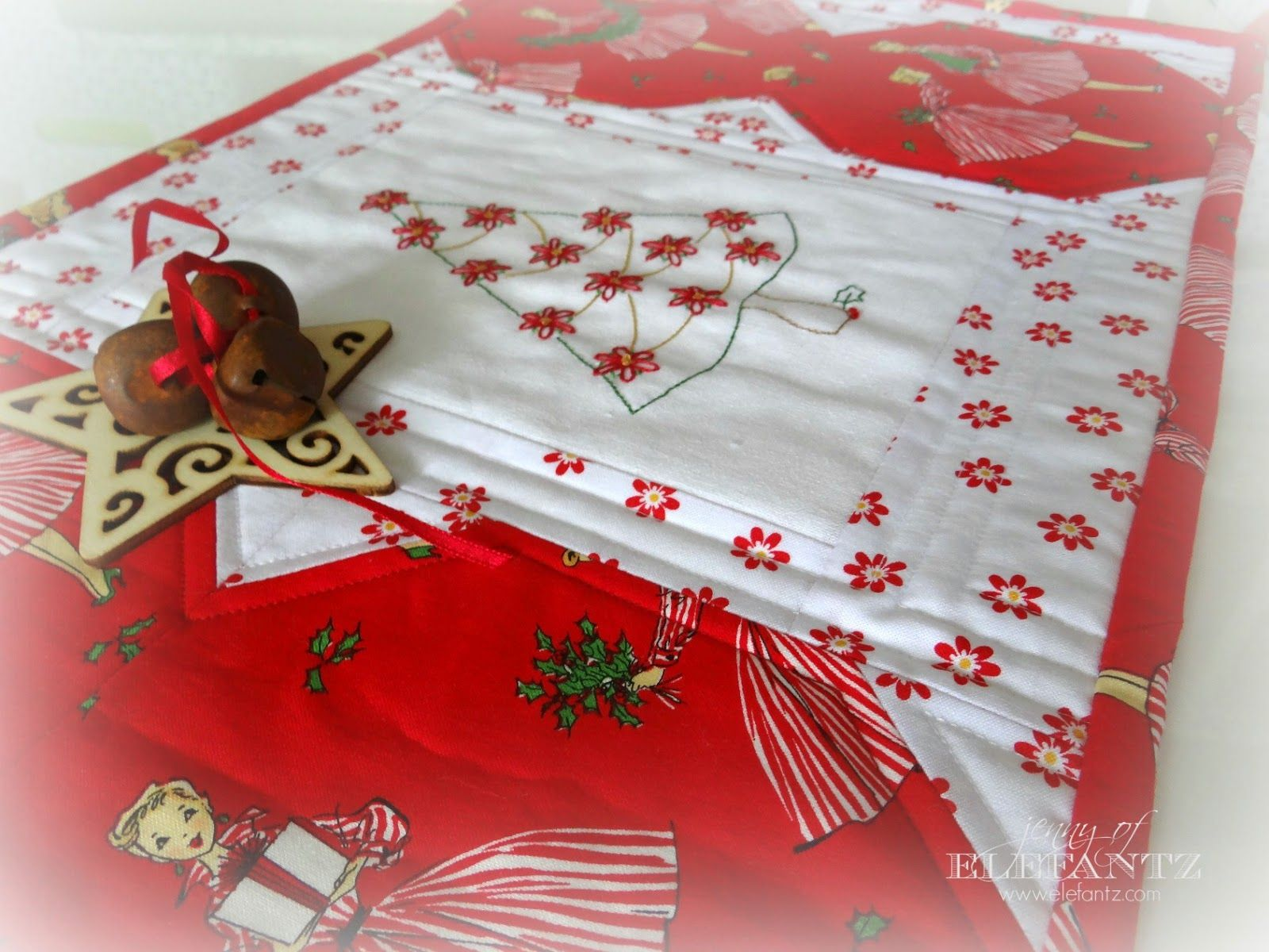 Day 5 - Holiday Hostess Table Topper tutorial!