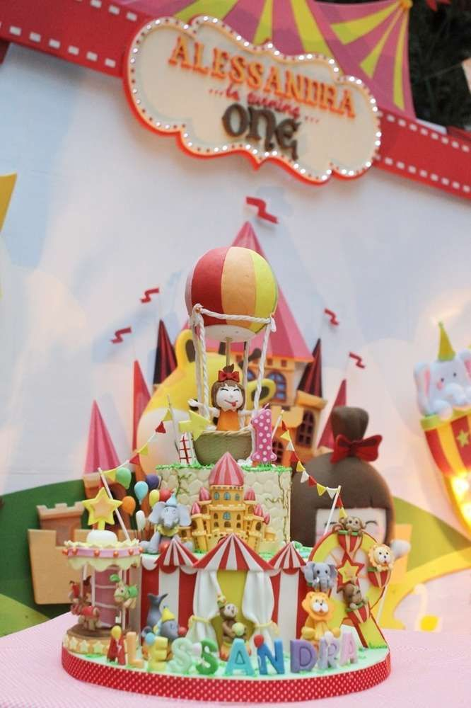Amazing Cake At A Theme Park Birthday Party See More Planning Ideas CatchMyParty