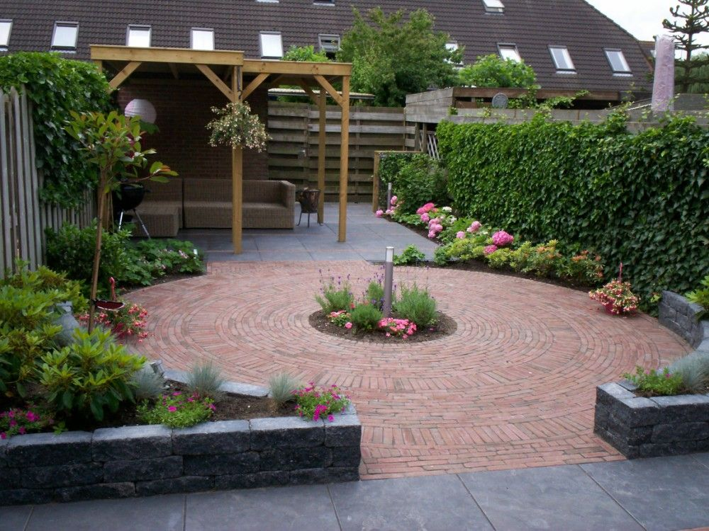 Budget tuin ideeen shared by for Jardineria al aire libre casa pendiente
