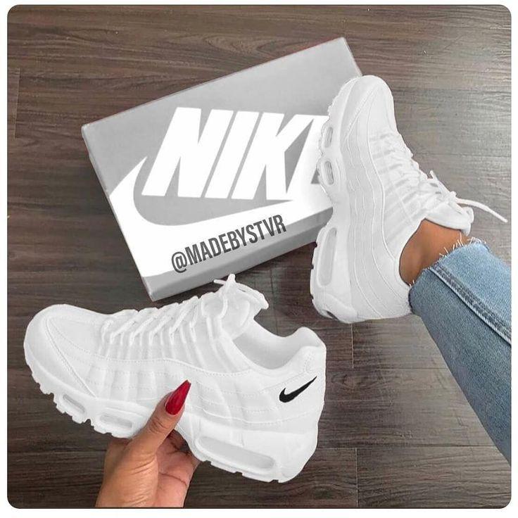 Sneaker Sneakerthead Sneakers Nike Airmax White I 2020 Dam Sneakers Skor Sneakers Vita Skor