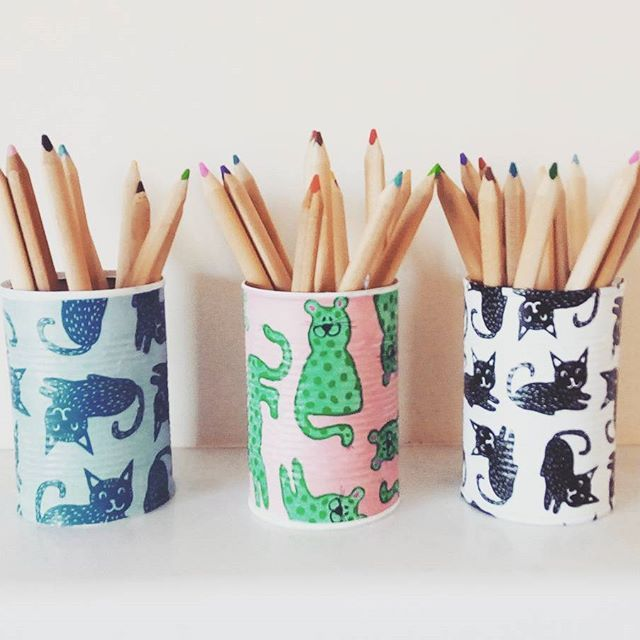 Happy cats tin cans !   Soon available on my #etsy shop   #egst #repurpose #catslover #handmadeisbetter #handmadehotspot #etsyfinds #etsylove #etsyshop #colorfulgifts #instadaily #greeehandmade #giftshop #etsyhandmade