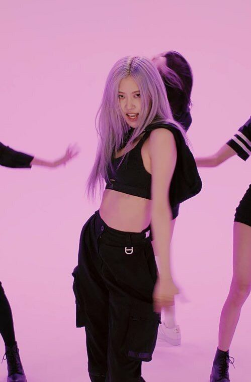 Pin By Maria C On Rose Blackpink In 2020 Kpop Girls Blackpink Rose Black Pink Kpop