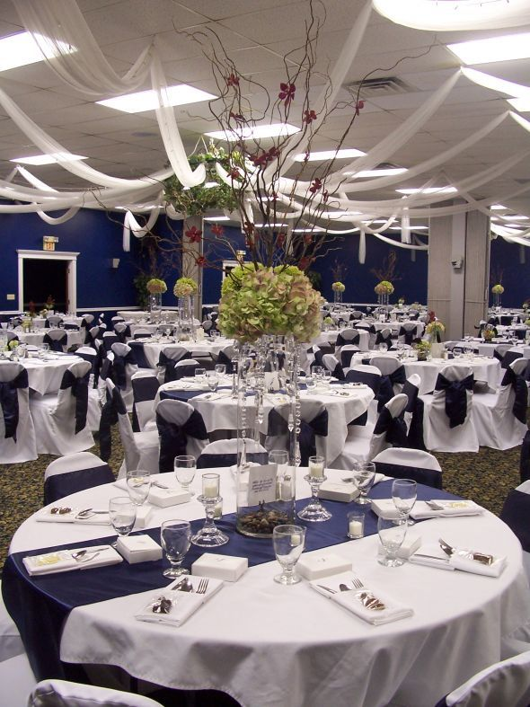24 Navy Satin Table Runners And Matching 120 Rounds
