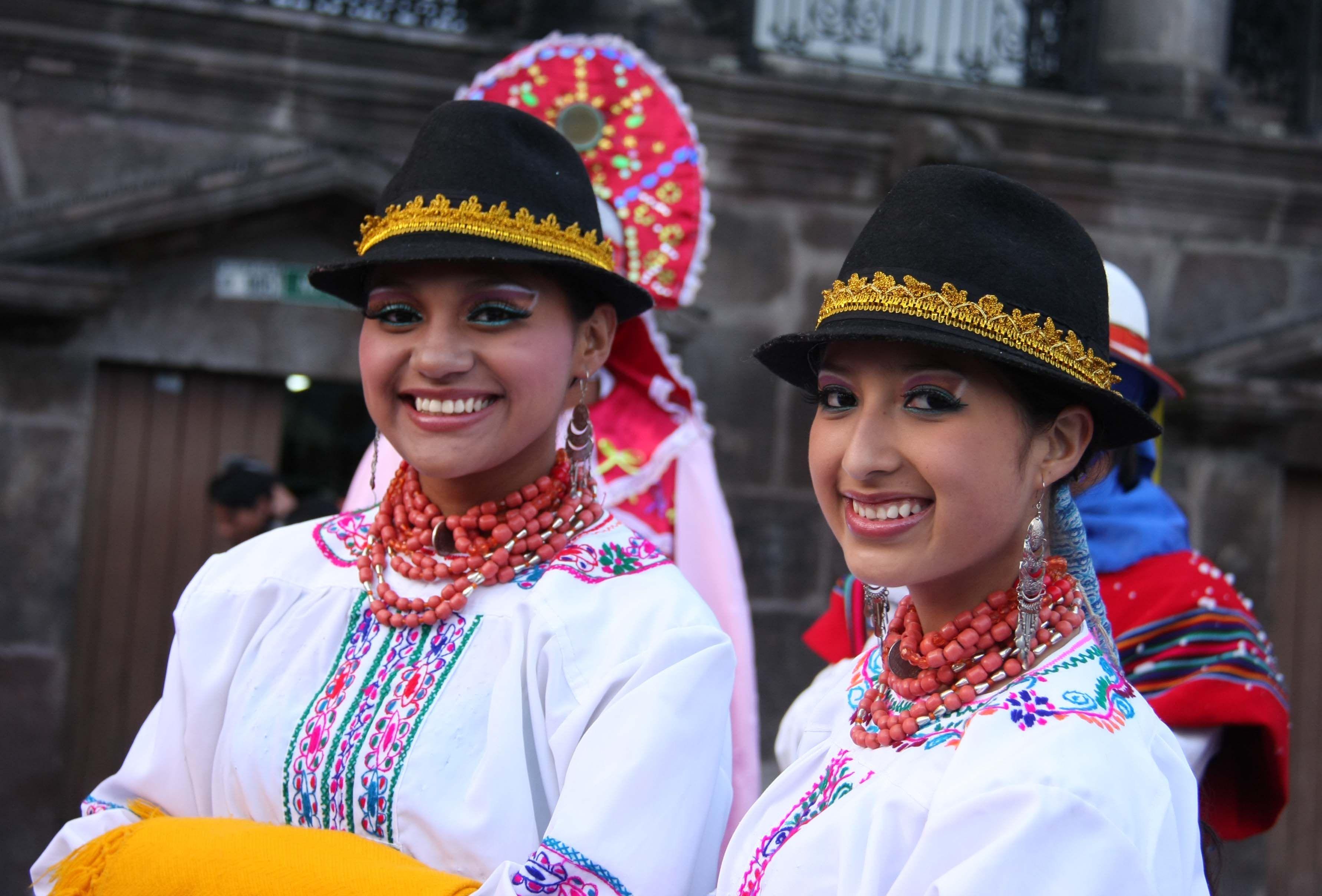 single latinas