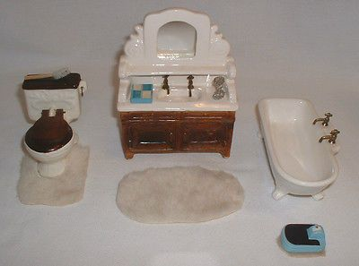 Vintage 1975 Sonia Messer Doll House Bathroom Set Plus Accessories