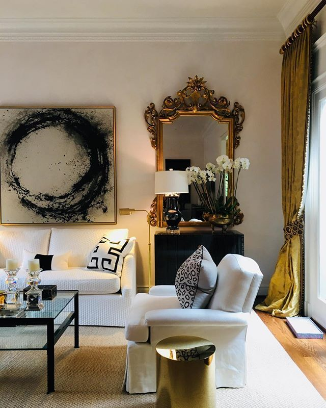 Pin By Lovehouz On My Design Style Black And Gold Living Room Gold Living Room Sophisticated Living Rooms