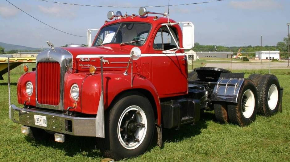 mack trucks bing images dad 39 drove these trucks. Black Bedroom Furniture Sets. Home Design Ideas