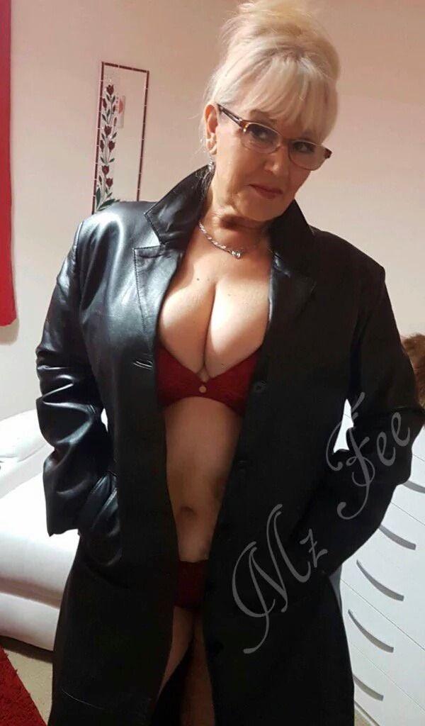 Naked biutiful black girs nude