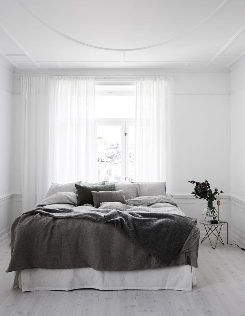 10*10 bedroom interior  färger som får små rum att kännas större  bedroom  pinterest