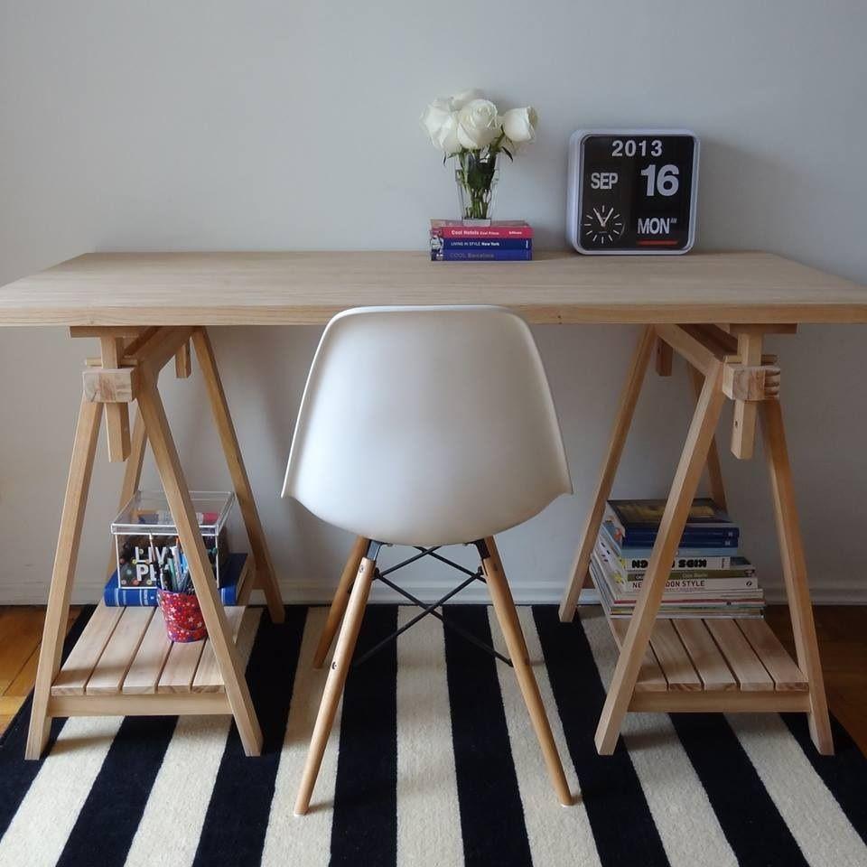 Desk Tables Homeoffice: Escritorio Sencillo #EamesChair