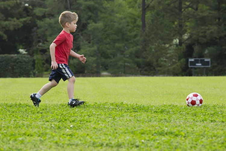 How Parents Can Start Their Preschoolers With Playing