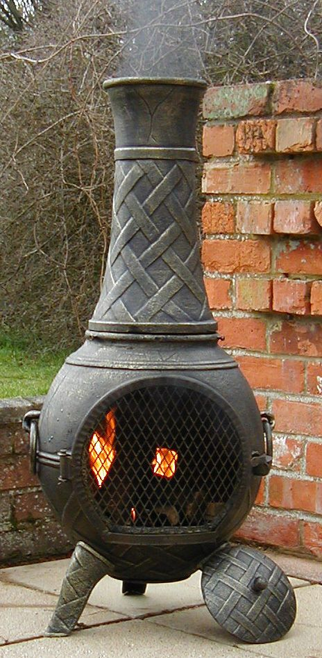 £109 +postage (unspecified) CASTMASTER HEAVY WEIGHT CAST IRON CHIMINEA  CHIMENEA BARBECUE BRONZE