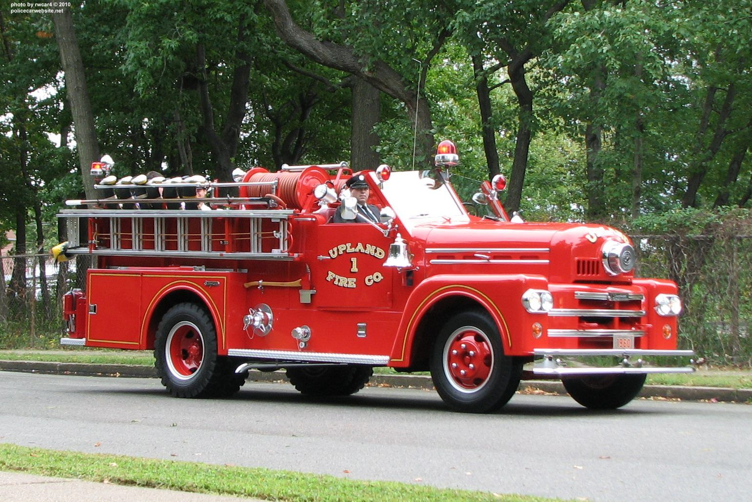 Fire Truck Photos And Picture By Rwcar4 Fire Trucks Trucks Vintage Trucks