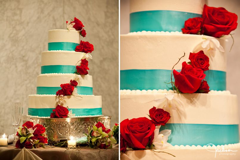 Sunday Sweets: An Elegant Red, White, and Blue Wedding Cake ...