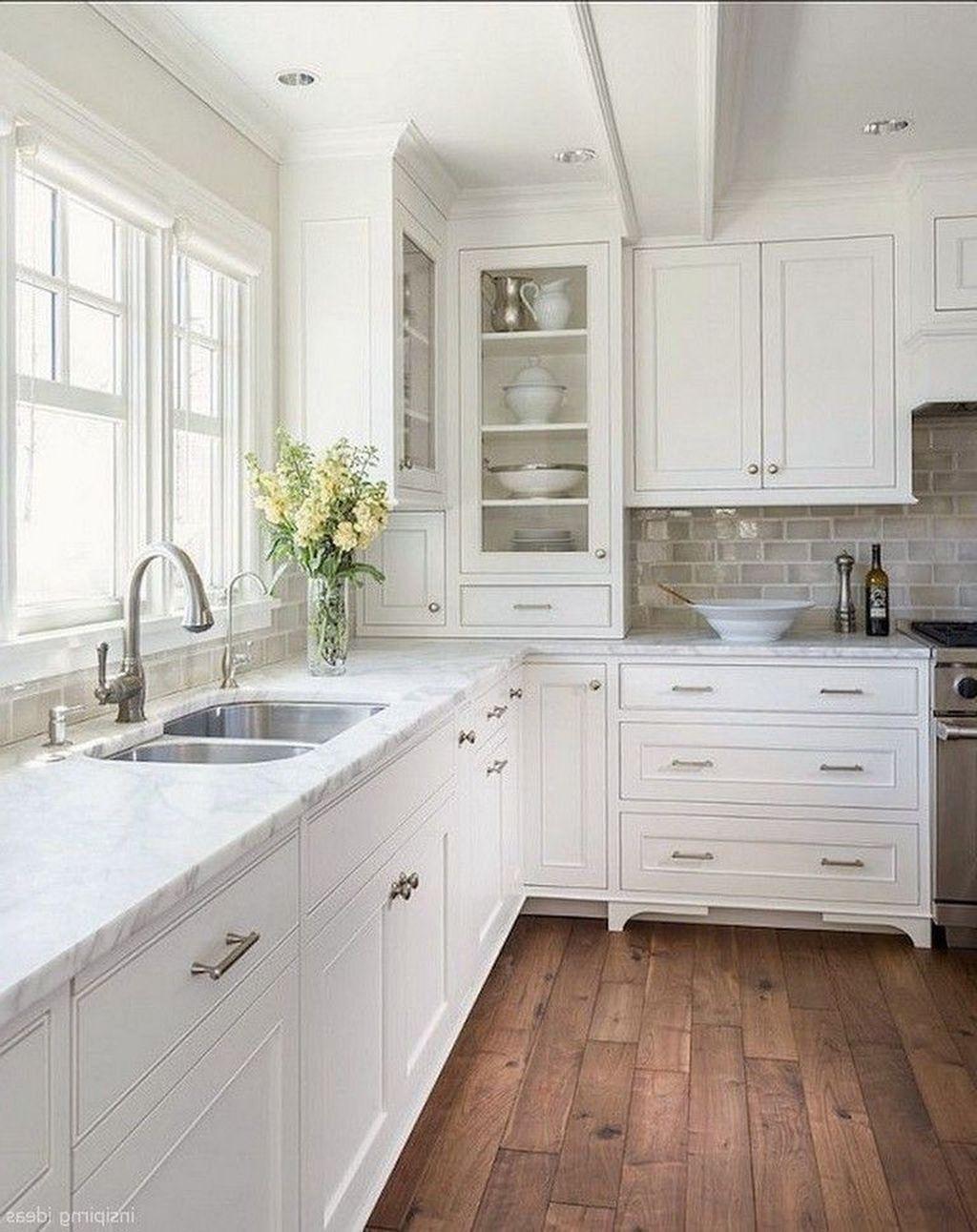 49 Fancy White Kitchen Design And Decor Ideas That Looks Cool Kitchen Cabinet Design White Kitchen Design Farmhouse Kitchen Design