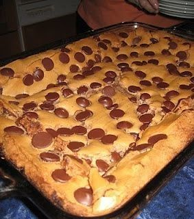Make and share this Paula Dean's Ooey Gooey Chocolate Chip Cake recipe from Food.com.