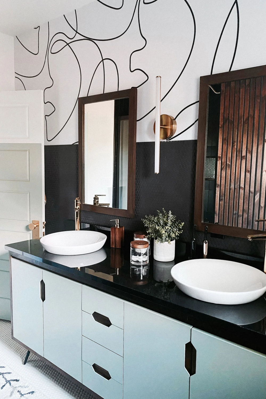 Master Bathroom Remodel Featuring Line Art Design Wallpaper Room Tou Livettes In 2020 Bathroom Remodel Master Line Art Design Designer Wallpaper